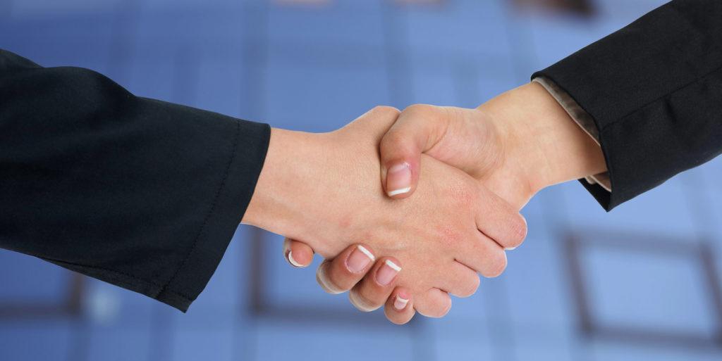 Czy warto współpracować z pośrednikiem nieruchomości
